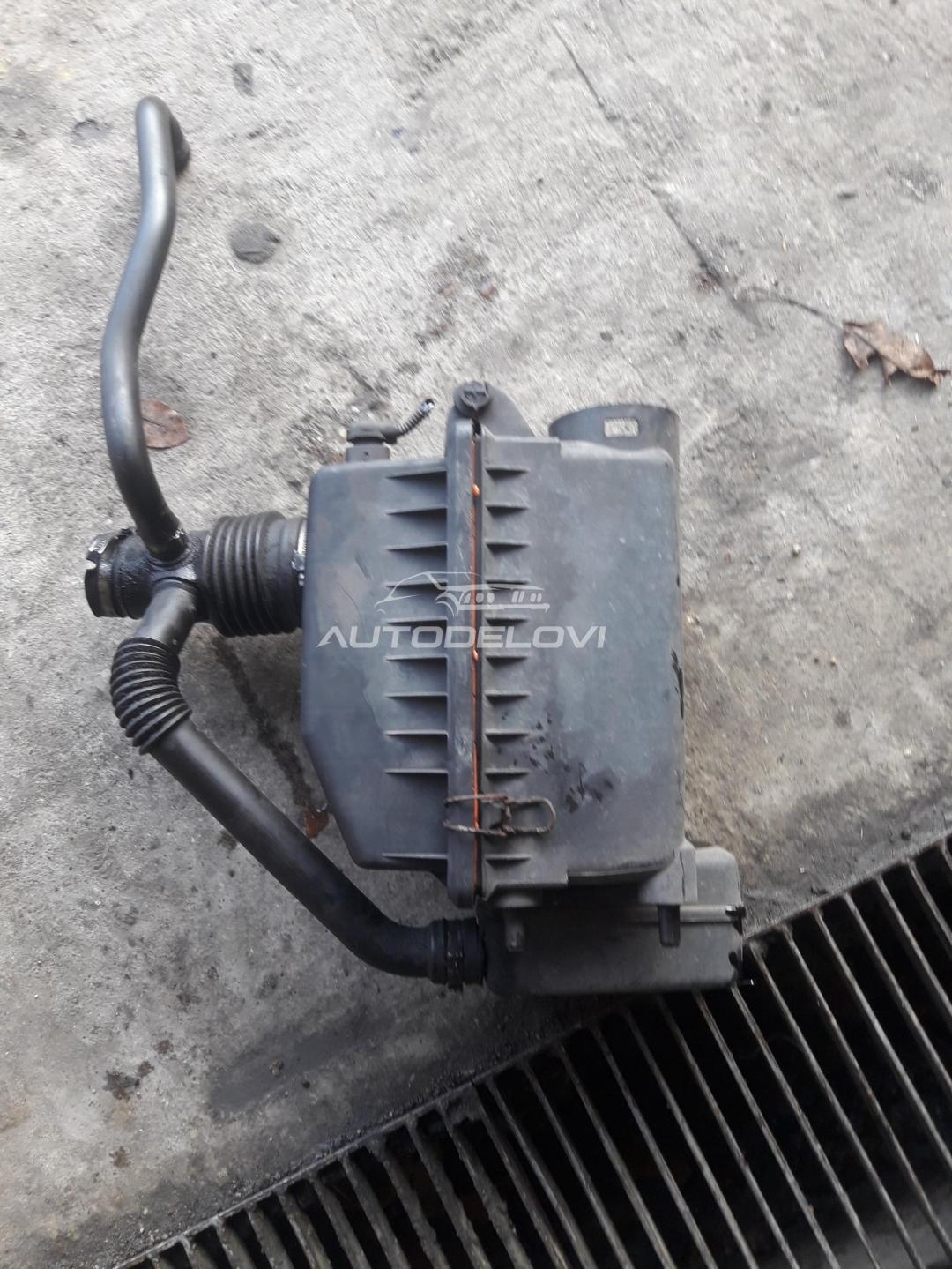 Fiat Stilo 1.9 jtd kuciste filtera vazduha