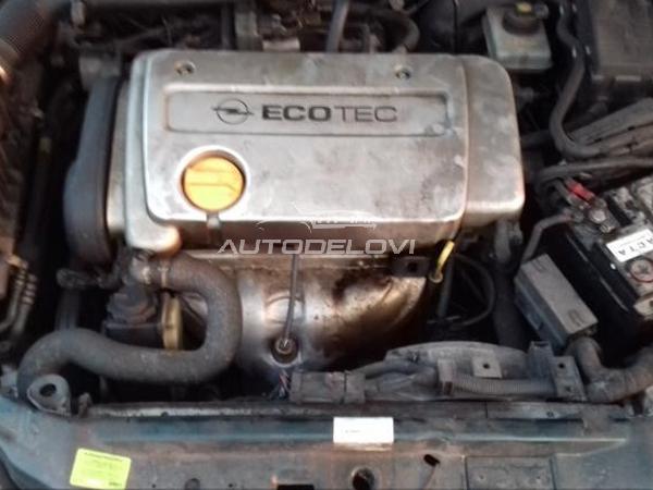 Opel Vectra B delovi Kompletan auto