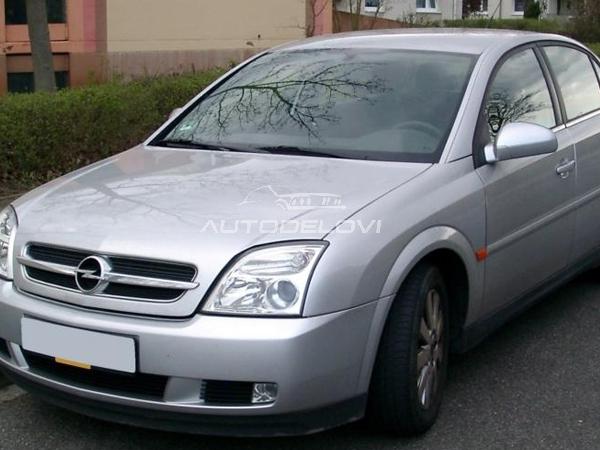 Opel Vectra C delovi kompletan auto