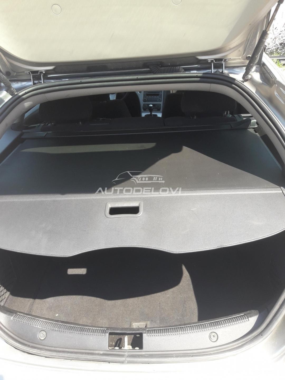 Alfa Romeo 159 karavan roletna u gepeku
