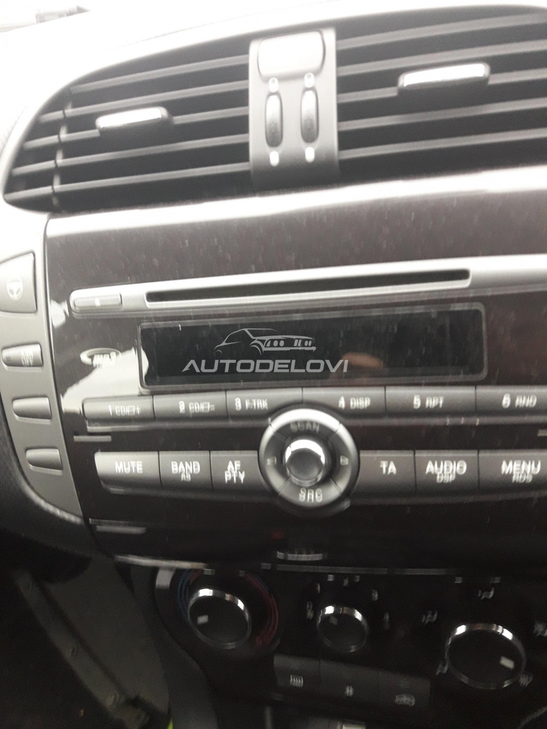 Fiat Bravo dvojks cd mp3 fabricki cd