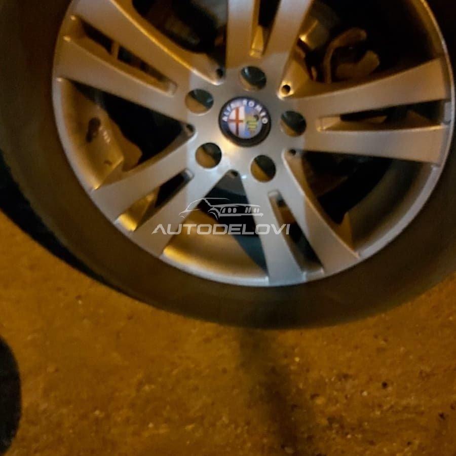 Čepovi za felne Alfa Romeo