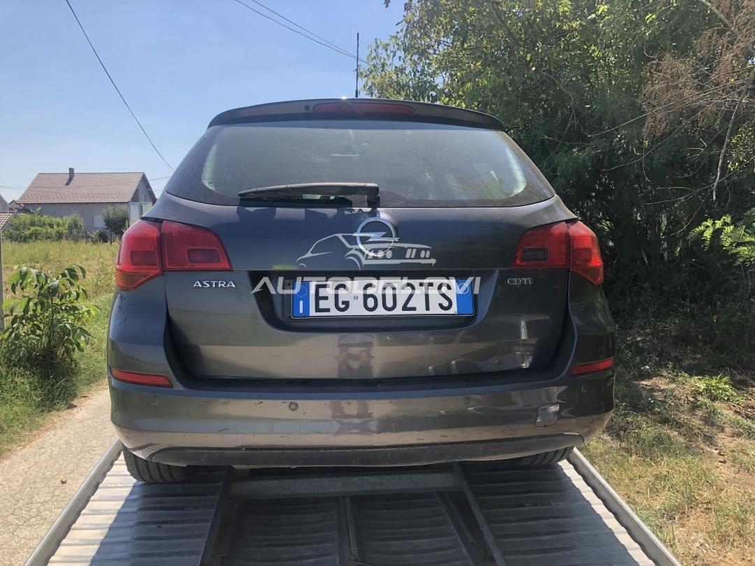 Astra J Karavan Polovni Delovi 1.7 cdt 81kw