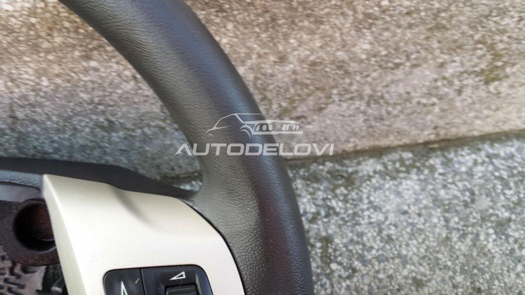 Opel Corsa D volan