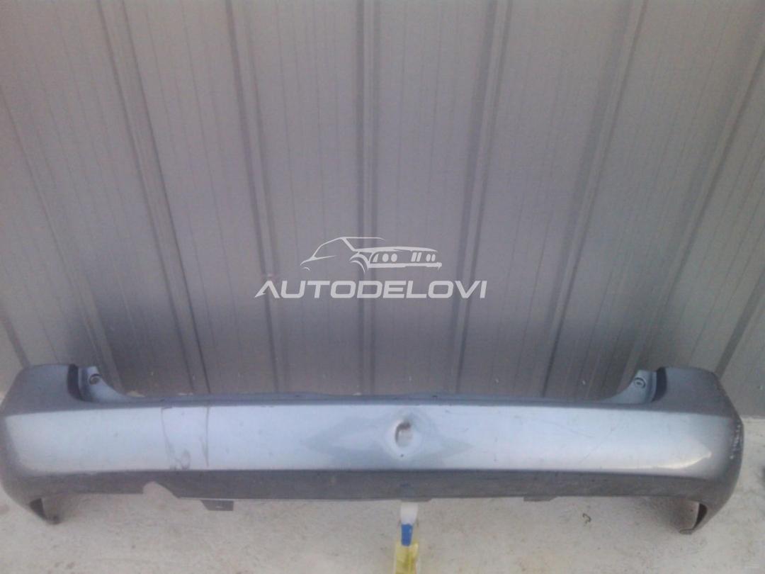 Opel Astra G zadnji branik