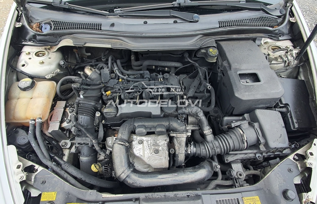 Volvo V50 1.6D 80kw POLOVNI DELOVI