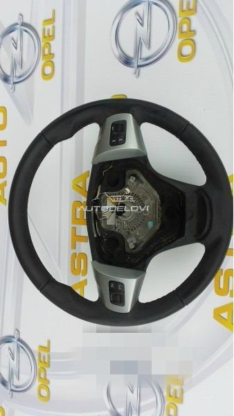Corsa D kozni volan